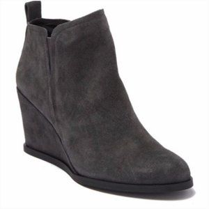 Dolce Vita Garry Anthracite Gray Suede Boots